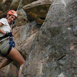 ¡Desafía a la gravedad sobre las rocas!