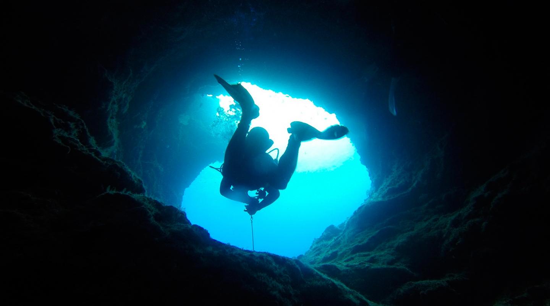 Buceo en grutas y ríos subterráneos