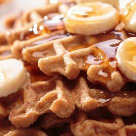 Celebra el Día Internacional del Waffle preparándolos en casa