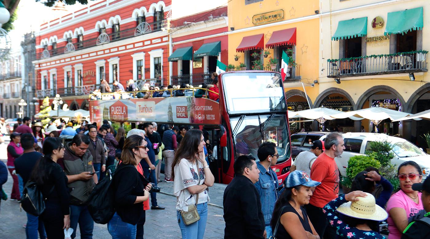 Turibús en la ciudad de Puebla. Foto: Archivo / esimagen.mx / Jafet Moz