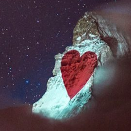 Se ilumina la montaña Matterhorn como símbolo de solidaridad