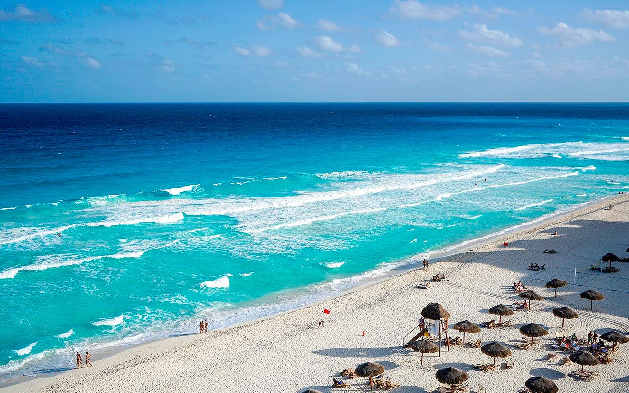Cancún reabrió al público todas sus playas