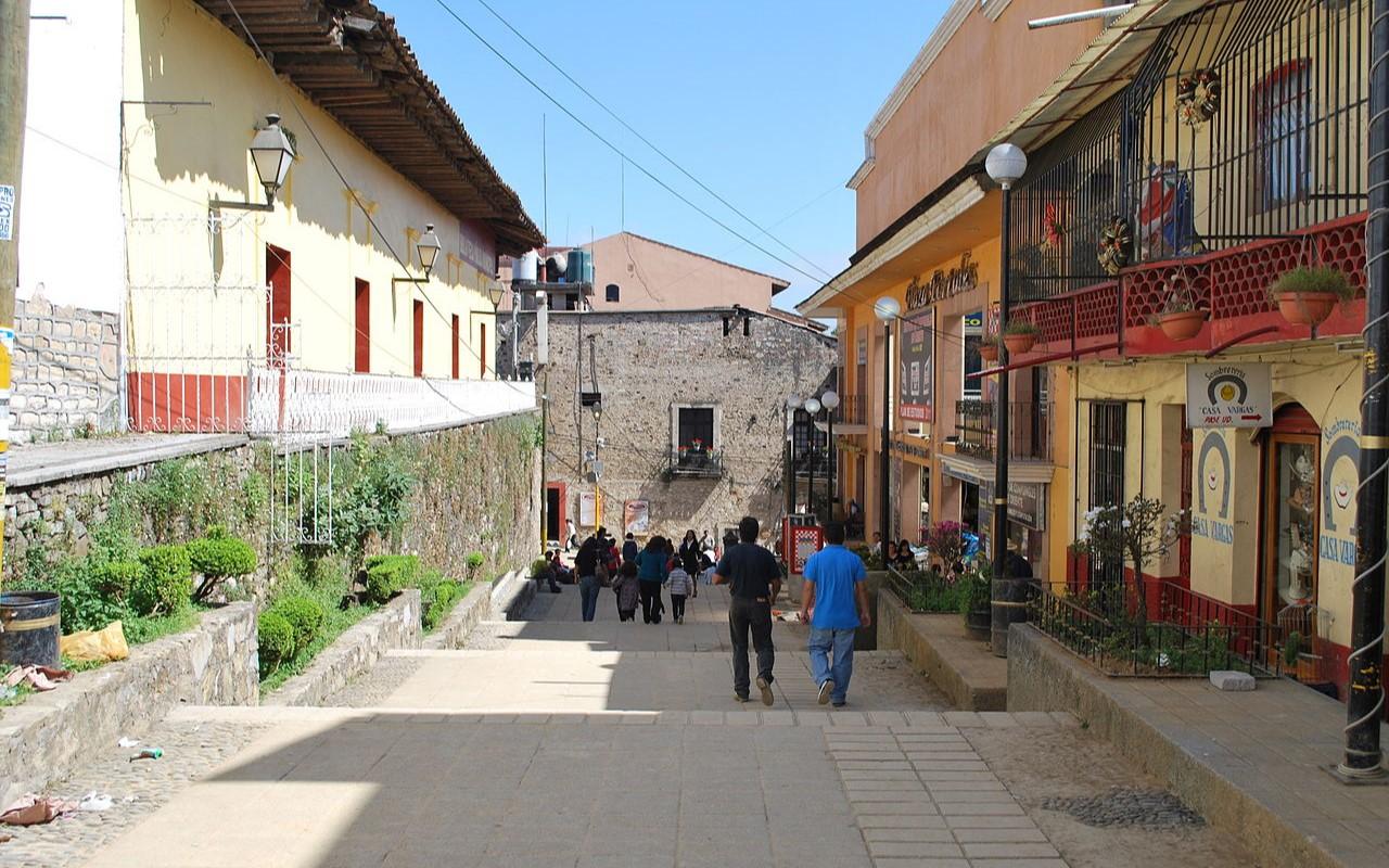 Encuentran túneles en el Centro Histórico de Huauchinango