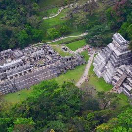 Por COVID-19 baja el arribo de turistas extranjeros a México