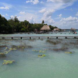 Laguna de Bacalar está siendo afectada por el turismo desordenado