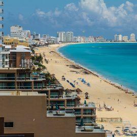Cancún espera una lenta recuperación del turismo