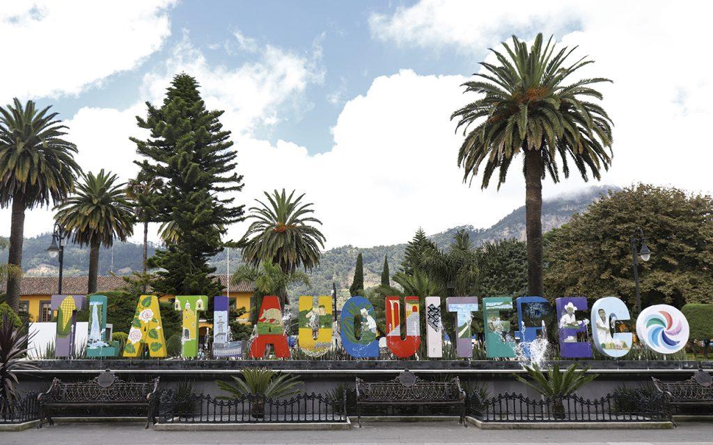 tlatlauquitepec-zocalo-letras