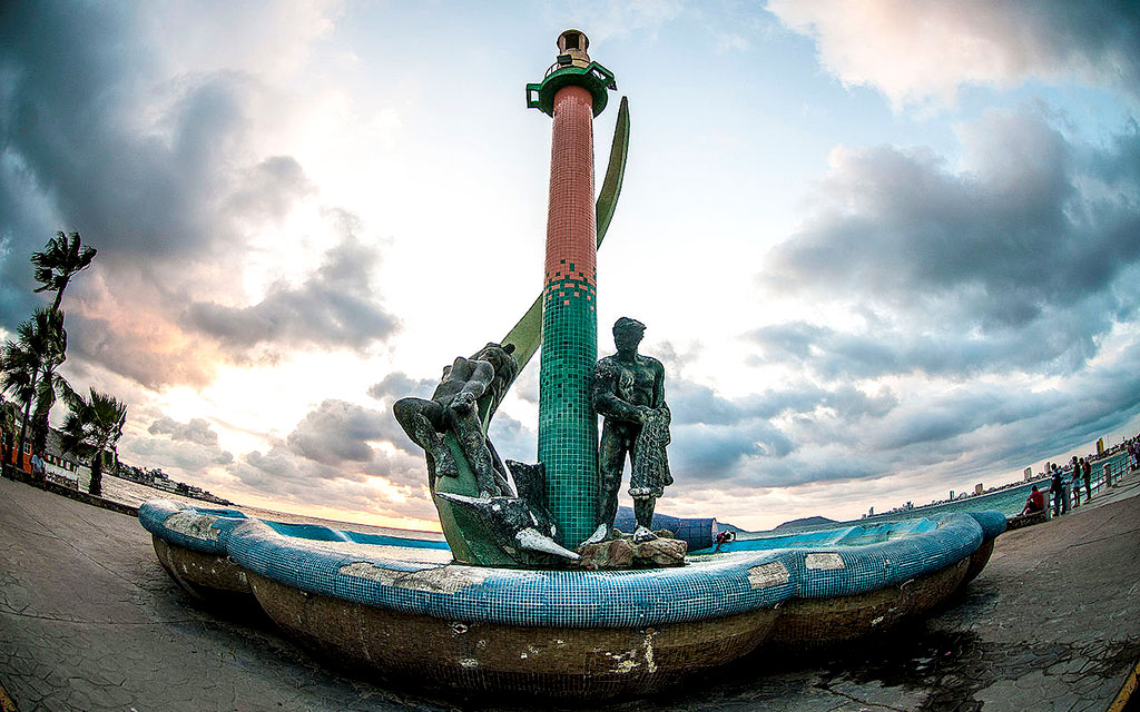 escultura-malecon-mazatlan