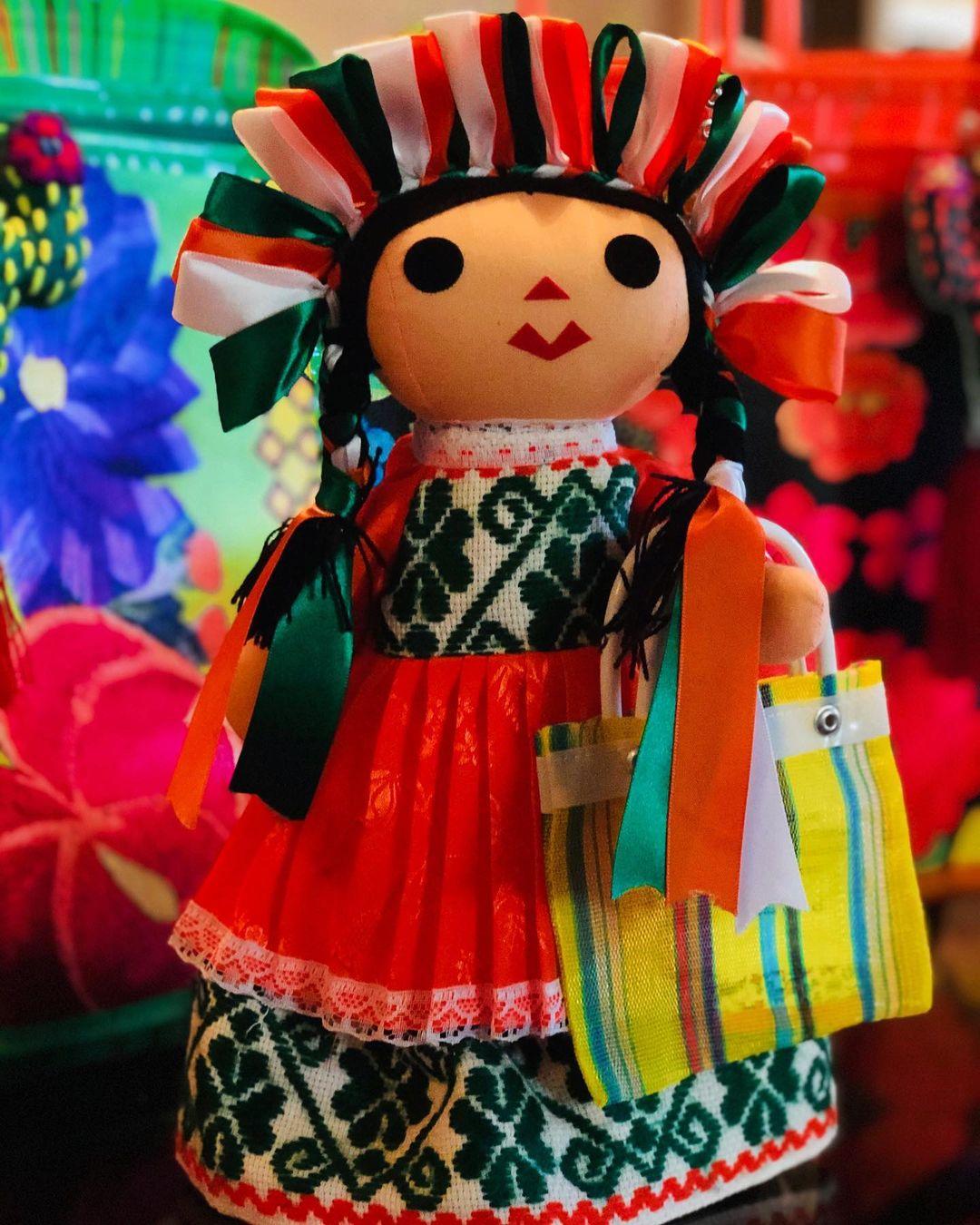 Lele muñeca Otomí
