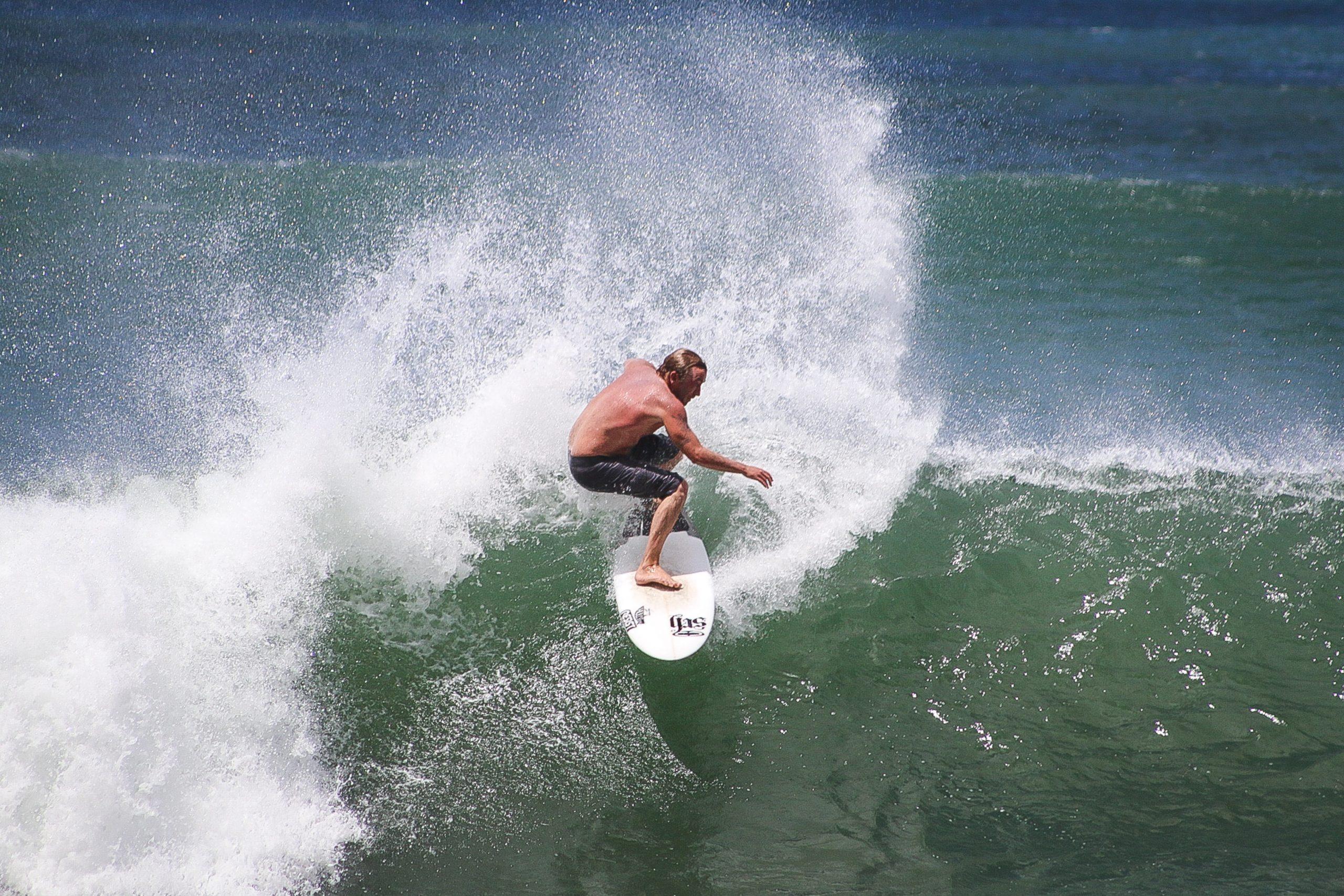 manzanillo surf actividad