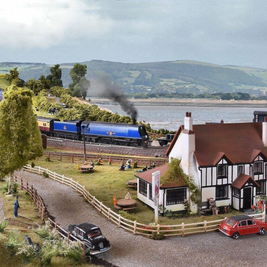 tren azul viajes en tren