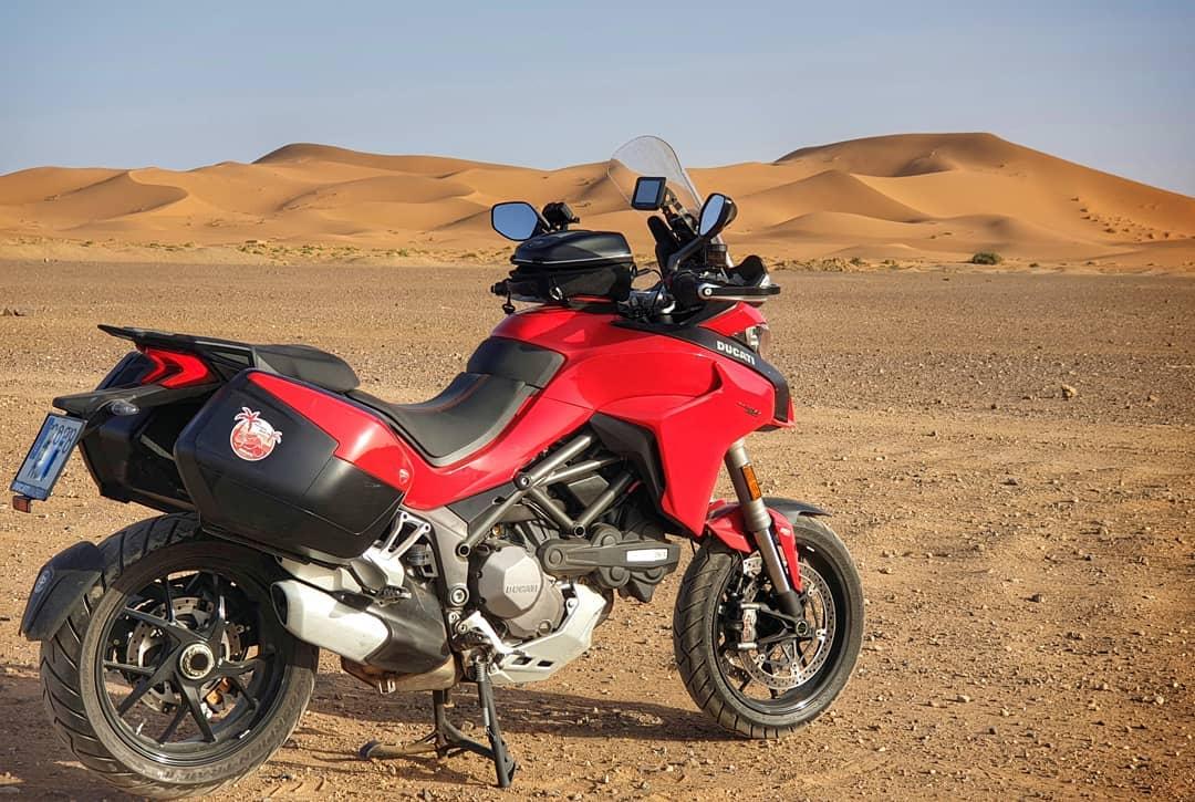 viajar en moto por marruecos