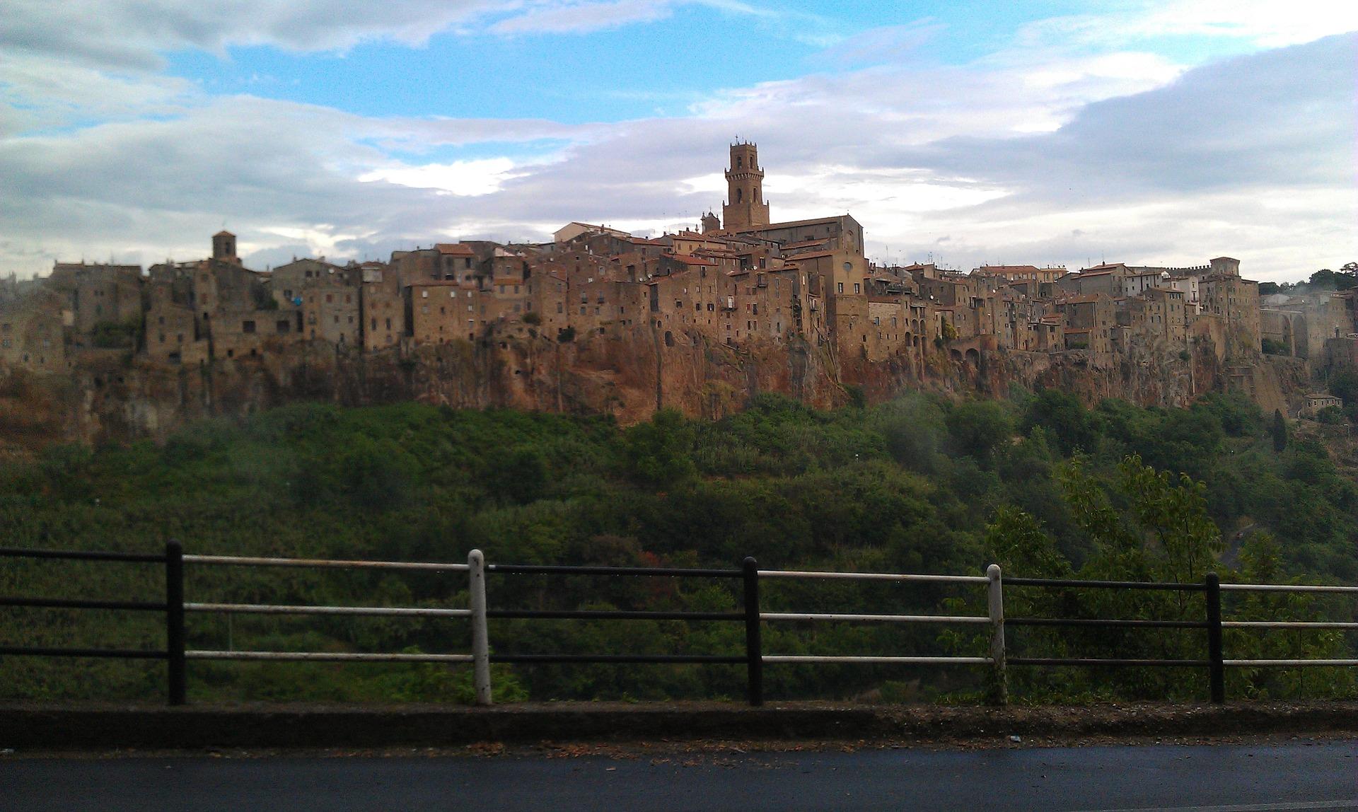 pitigliano pueblos de italia
