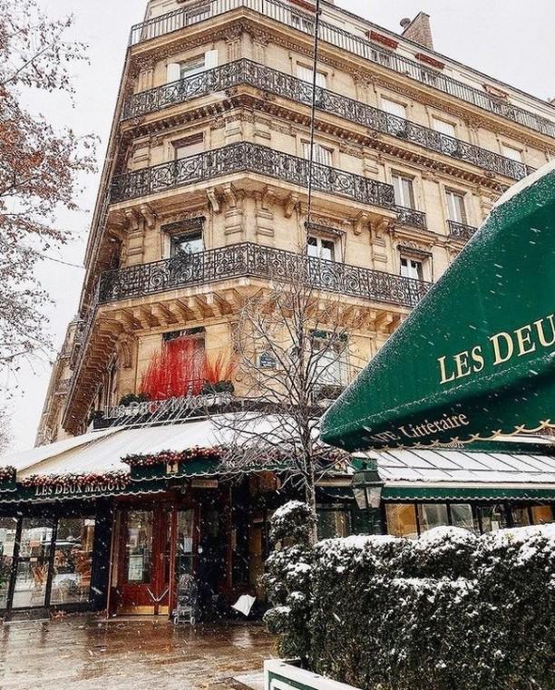 cafeterias mas famosas paris