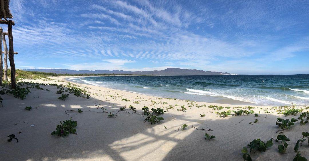 playa chipehua mar abierto