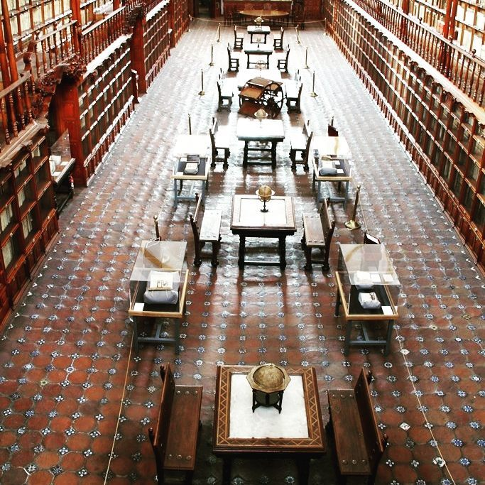biblioteca palafoxiana costos
