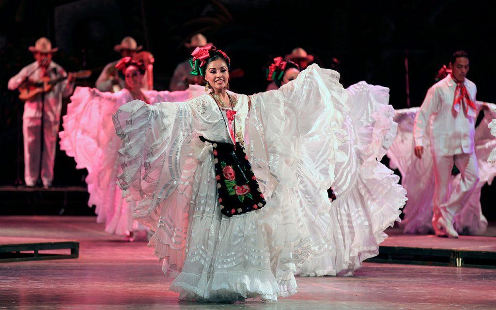 ballet-folklorico-de-amalia-hernandez